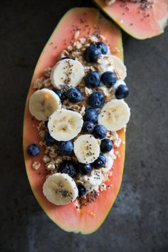 Papaya Fruit Boat INGREDIENTS:1 medium papaya ripe, Plain Greek yogurt, 1/2 cup blueberries, 1 banana 1/2 cup granola, raw honey, chia seeds