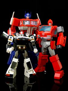 Transformers Masterpiece MP-27 Ironhide with MP-17 Prowl and MP-10 Convoy (Optimus Prime)