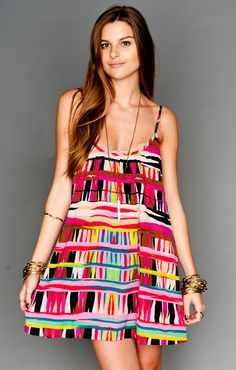 this dress reminds me of books for some reason.. Colorful laidback weightless dress!
