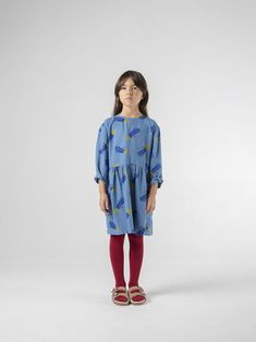 A Star Called Home Dress from Bobo Choses We Cosmos collection. Made from a soft woven cotton this kids dress has a wide flared skirt shape with Winter Kids, Summer Kids, Simple Dresses, Dresses With Sleeves, Kids Pants, Sustainable Clothing, Flare Skirt, Kids Outfits, Fashion Looks