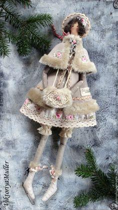 Купить кукла тильда ручной работы БАРЫШНЯ НА КОНЬКАХ В СЕРОМ))) - серый ♡