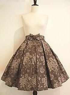 Rose Crown Jacquard Skirt