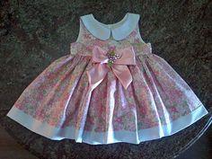 Molde Gratuito no Facebook: Dona Fada-Grupo de Moldes Gratuitos   Free Patterns in Facebook:  Lady Fairy-Free Pattern Group    (RLevyFile-Vestido Floral 3-4 anos)