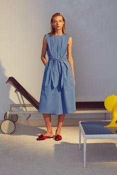 Trademark Spring 2016 Ready-to-Wear Fashion Show