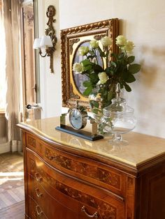 Art. 400, Inlaid chest of drawers with 4 drawers and marble top