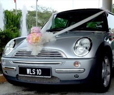 cute wedding car