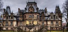 Halloween-Ideas-Fascinating-Abandoned-Mansions-To-Visit-cover Halloween-Ideas-Fascinating-Abandoned-Mansions-To-Visit-cover