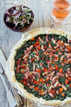 receta de la tarta de espinacas y tocino. receta con fotografías del paso a paso y recomendaciones de degustación. receta de tartas y pizzas