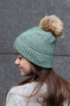 a88c2c67008 High Quality Knitted Beanie With Fur Bobble