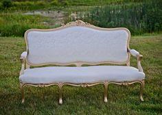 Vintage Rustic Wedding Gold and Ivory Loveseat Uniquely Chic Vintage Rentals @vintagerentalri www.uniquelychicvintage.com Photos: Stacy Smith Studios  #blushwedding #ivorywedding #Vintagewedding #rusticwedding