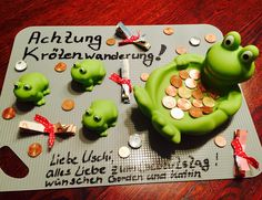 Gift packaging - toad migration - money gift times other-Geschenkverpackung – Krötenwanderung – Geldgeschenk mal anders – Elly´s Do it yourself – Gift packaging – toad migration – money gift with a difference – Elly´s Do it yourself – - Diy Gifts For Kids, Presents For Kids, Gifts For Father, Gifts For Him, Cute Gifts, Funny Gifts, Don D'argent, Birthday Gifts, Happy Birthday