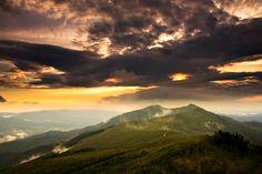 Letni zachód słońca na Połoninie Wetlińskiej
