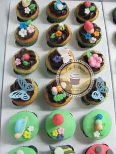 Cupcakes Top Cakes - Jardim https://www.facebook.com/danielletopcakes