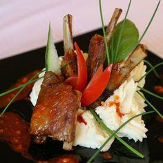 Egy finom Fűszeres sült oldalas ebédre vagy vacsorára? Fűszeres sült oldalas Receptek a Mindmegette.hu Recept gyűjteményében! Beef, Food, Meat, Essen, Meals, Yemek, Eten, Steak