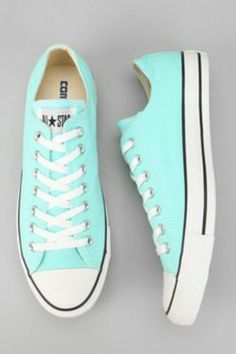 Converse Chuck Taylor All Star Low-Top Sneaker - Urban Outfitters - Fashion 61ed7b94d