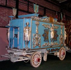 1890 Beauty Cart for a traveling show