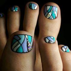 Fashion manicure nail art - Page 5 of 20 - Inspiration Diary Pedicure Designs, Toe Nail Designs, Nail Polish Designs, Pedicure Ideas, Pretty Pedicures, Pretty Nails, Gorgeous Nails, Cute Toe Nails, Toe Nail Art