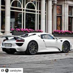 #RoyalCarsMG #supercarsoflondon #carswithoutlimits #carthrottle #amazingcars247 #itswhitenoise #london #londonlife  #yiannimize #hypebeast #racecar  #luxury #supercar #hypercar  #porsche #porsche918 #918spyder #911rsr #gt3cup #porsche  #rischlist #millionaire #hypebeast  #photooftheday #amazing #beautiful