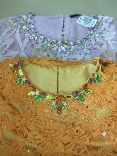 61 Ideas Embroidery Fashion Haute Couture Embellishments For 2020 New Embroidery Designs, Embroidery Fabric, Embroidery Fashion, Designer Blouse Patterns, Blouse Designs, Fashion Details, Diy Fashion, Fashion Design, Couture Embellishment