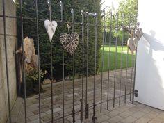 Doppelflügeliges Tor anneau roh Wir haben übrigens schon viele Komplimente aus der Nachbarschaft für den Zaun erhalten. Er fällt scheinbar positiv auf :-) Freundliche Grüsse Andrea L.