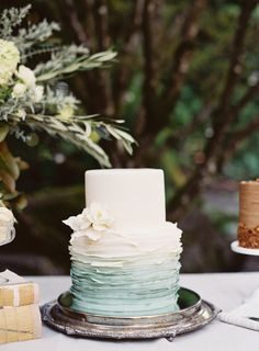 Textured two tier ombre wedding cake: http://www.stylemepretty.com/2017/01/12/why-shades-of-gray-will-never-go-out-of-style/ Photography: O'Malley Photographers - http://omalleyphotographers.com/