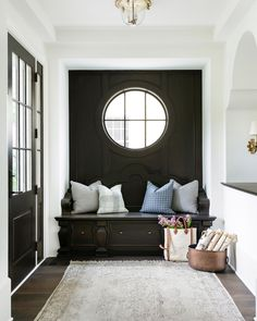 House entrance design entryway entry ways trendy Ideas Home Interior, Decor Interior Design, Interior And Exterior, Interior Decorating, Interior Windows, Interior Livingroom, Farmhouse Interior, Interior Lighting, Modern Farmhouse