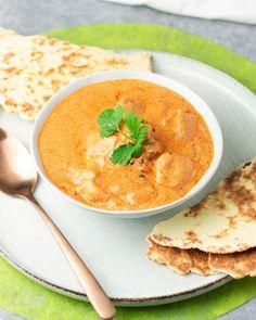 Das Gericht Joghurt-Hähnchen mit Low Carb Naanbrot ist angelehnt an den Indischen Klassiker. Das Rezept ist zudem auch noch glutenfrei. Keto Diet Plan, Ketogenic Diet, Lchf, Dosa Recipe, Indian Food Recipes, Ethnic Recipes, Weight Loss Blogs, Naan, Lose Belly Fat