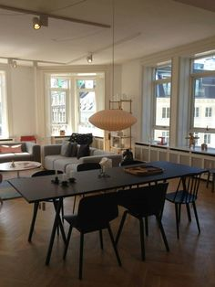 By Hay House - CPH