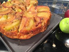 Upside down Apple Pie Greek Recipes, Fruit Recipes, Dessert Recipes, Cooking Recipes, Desserts, Apple Deserts, Food Categories, Thanksgiving Turkey, Sweet Tooth