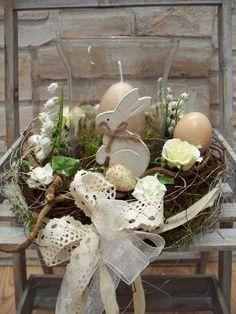 Osterkranz mit Windlicht,weiß- shabby,edel,Rosen von ...die mit den Blumen tanzt... auf DaWanda.com