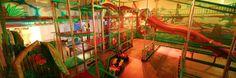 """Der Indoorspielplatz """"Dockx"""" liegt direkt am Hafen in Berlin Tempelhof. Hier findest Du eine phantastische Spielewelt mit Spannung, Action und viel, viel Spaß! An einem riesigen Kletterturm steigst Du in schwindelerregende Höhen. Auf der Wellenrutsche nimmst Du Fahrt auf, lieferst … Weiterlesen →"""