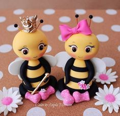 Set of fondant bee cake topper by CakesbyAngela on Etsy