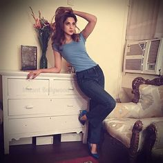 Hotness Personified! Jeenifer Winget can turn heads with her oomph! @Bollywood ❤❤❤