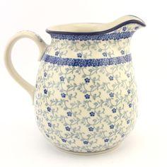 Jug, pitcher - Polish pottery - Tento krásný džbán se stane ozdobou každého stolu. Povzbudí kulturu stolování a připomene Vám, že jídlo a pití jsou příjemnou součástí života, kterou stojí za to si vychutnat. Je vhodný pro denní používání v myčkách, mikrovlnných i pečících troubách. Každý jednotlivý výrobek je odekorován ručně pod glazuru zkušenou umělkyní. Proto je každý náš výrobek originál.