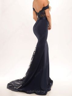 Popular Trumpet/Mermaid Off-the-shoulder Tulle Silk-like Satin Sweep Train Sashes / Ribbons Black Backless Prom Dresses