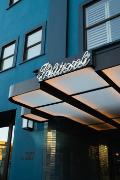 Palihotel Culver City Modern Home in Lucerne - Higuera, Culver City,… on Dwell Entrance Design, Main Entrance, Facade Design, Entrance Ideas, Airport Design, High Building, Facade Lighting, Outdoor Restaurant, Hotel Lobby