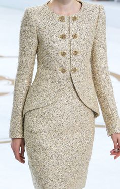 Chanel Fall Winter 2014 Haute Couture.