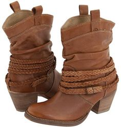 i seriously want a pair of ankle cowboy boots.