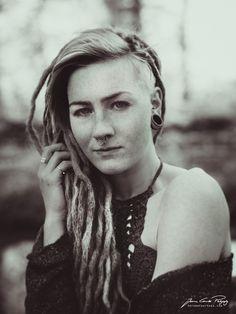 Annette - #Dreadlocks Girl mit Sommersprossen - Jerome Courtois Photography