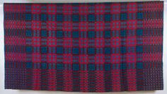 Double-weave tapestry blanket in portcullis and chain design, early 20th century [image 1 of 3]