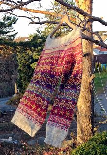 Ravelry: Next year in Lerwick pattern by Tori Seierstad Ravelry: Next year in Lerwick pattern by Tori Seierstad Fair Isle Knitting Patterns, Fair Isle Pattern, Knitting Designs, Knitting Projects, Crochet Patterns, Punto Fair Isle, Fingering Yarn, Fair Isles, How To Purl Knit