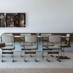 Na primeira foto de segunda, Cadeira de Jorge Salszupin projeto do Studio Arthur Casas #architecture #arquitetura #arte #art #artlover #design #architecturelover #instagood #instadesign #instadecor #instadaily #projetocompartilhar #shareproject #davidguerra #arquiteturadavidguerra #arquiteturaedesign #instabest #instahome #decor #archtect #criative #photo #decoracion #braziliandesign #designbrasil #jorgesalszupin…
