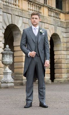 graphite grey morning suit and a lavender-colored tie #elegant #timeless #morning #suit #ideas