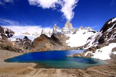 #Laguna de los Tres with Monte Fitz Roy (3405m) in the background. Also know as Cerro Chaltén. Chaltén comes from a Tehuelche (Aonikenk) word meaning smoking mountain, due to a cloud that usually forms around the mountain's peak. Argentine #Patagonia, #Argentina  #travel #adventure #climbing #photography