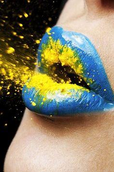 Beautiful lip art for fashion girls