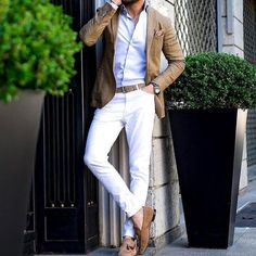 Casual look - White Pants Outfit, Blazer Outfits Men, Casual Outfits, Fashionable Outfits, Stylish Men, Men Casual, Cooler Look, Herren Outfit, Camisa Polo