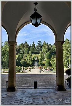 Palazzo Estense (Varese)  Claudio Marchiori, via Flickr