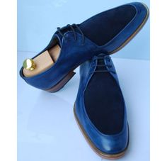 Men Semi Handmade Great Marlborouch Street Blue Face Suede by Oscar Williams Shoemaker Blue Dress Shoes, Lace Up Shoes, Leather Fashion, Fashion Shoes, Mens Fashion, Fashion Tips, Hot Shoes, Men S Shoes, Suede Oxfords