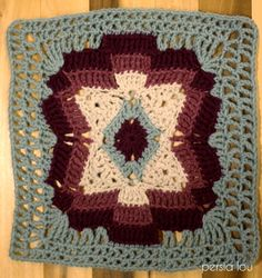 Crochet Square Blanket, Granny Square Afghan, Crochet Blocks, Granny Square Crochet Pattern, Crochet Squares, Knit Or Crochet, Crochet Motif, Granny Squares, Crochet Granny