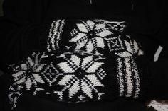Selbuvotter Gloves, Anna, Knitting, Winter, Fashion, Winter Time, Moda, Tricot, Fashion Styles